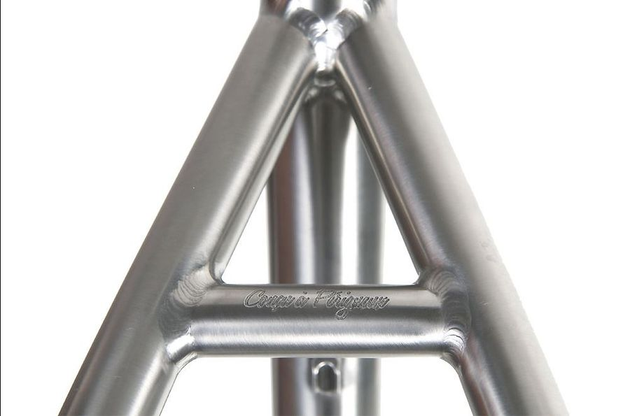 Skyde Access seat stays